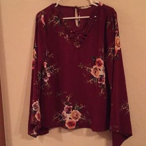 Entro Bell Sleeved Red Floral Top Size L